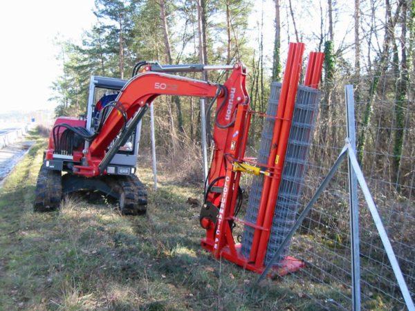 Zaunbaugerät für Bagger